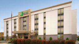 Holiday Inn Express Woburn