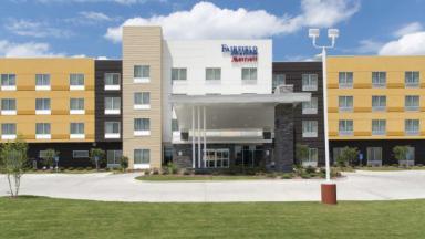 Fairfield Inn & Suites Jackson Clinton