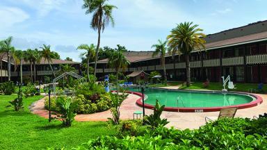 Holiday Hotel & Resort