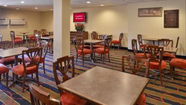 Red Roof Inn & Suites Newark