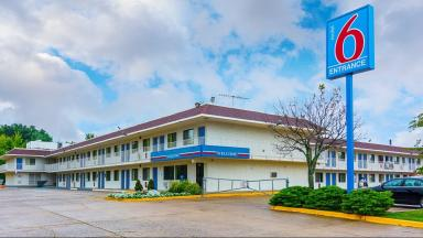 Motel 6 Fredericksburg North