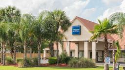 Travelodge Inn & Suites