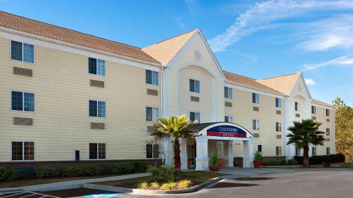 Candlewood Suites Savannah Airport