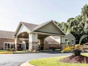Clarion Inn & Suites Savannah Midtown