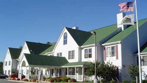 Country Inn & Suites- Richmond Willis Rd