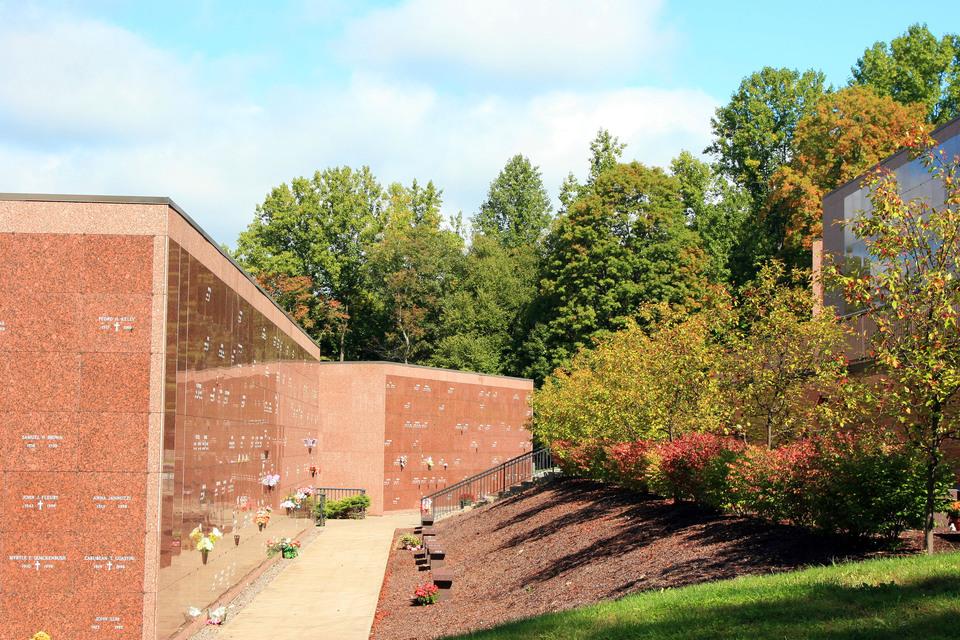 Rose Hills Memorial Park   Mausoleum