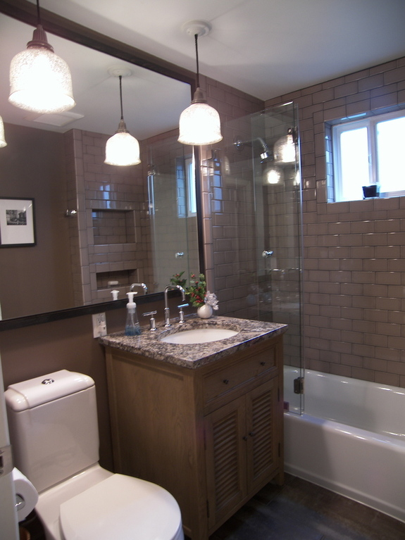 Laurelhurst Small Bath Altstadt Interiors
