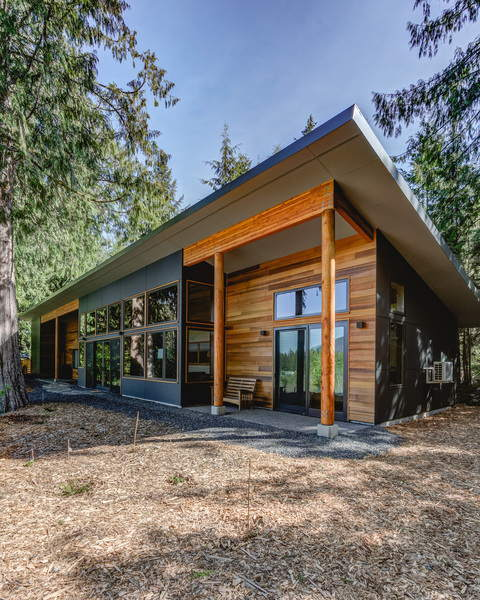 Designer home in the Whatcom County wilderness with modern cubic design