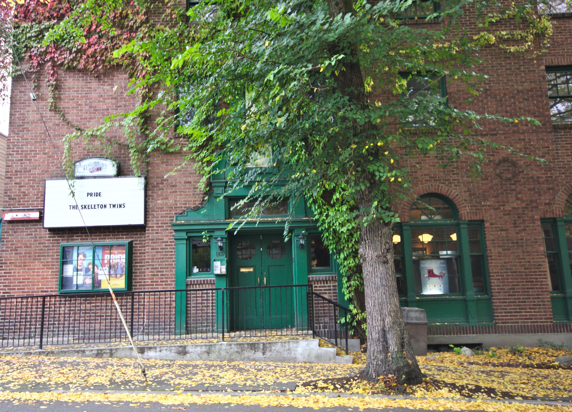 Harvard_Exit_Theatre_from_across_E_Roy_St.,_2014-10-13