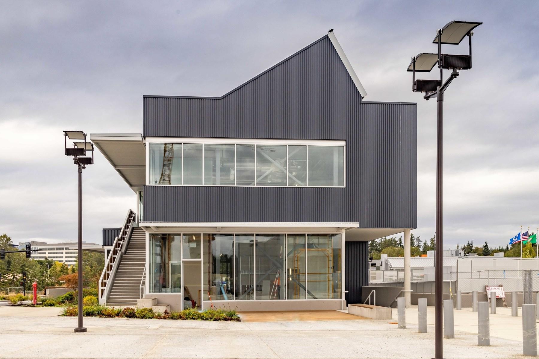 Retail & Bike Pavilion