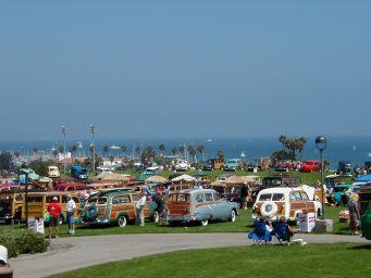 Woodies at the Beach with Pontiac 2.jpg