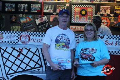 SteveFern - Albums - Burger Stop June 2015 Cruise Night - Hot Rod Time burger-stop-june-2015-cruise-night-187_thumbnail