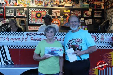 SteveFern - Albums - Burger Stop June 2015 Cruise Night - Hot Rod Time burger-stop-june-2015-cruise-night-190_thumbnail