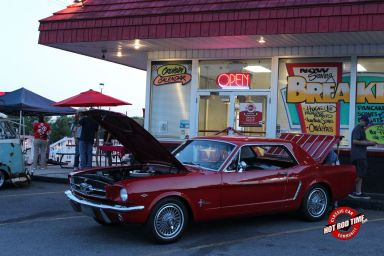 SteveFern - Albums - Burger Stop June 2015 Cruise Night - Hot Rod Time burger-stop-june-2015-cruise-night-199_thumbnail