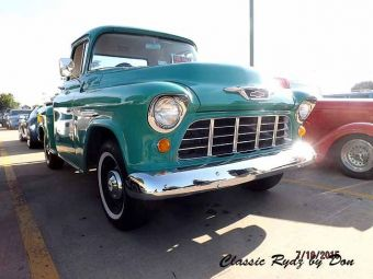 Cruise in for Coffee  2015-030