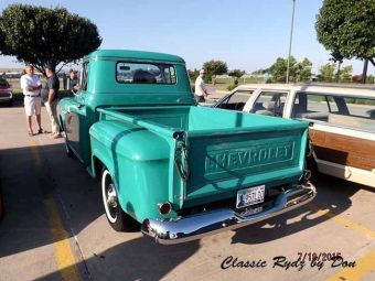 Cruise in for Coffee  2015-029
