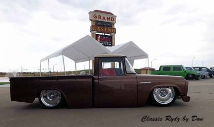 Slamboree Car, Truck, & Bike Show - Slamboree  2015-171 - Hot Rod Time slamboree-2015-273_thumbnail