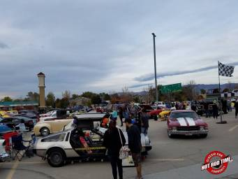 SteveFern - October 2016 Valley Fair Mall Cruise Night 020 - Hot Rod Time october-2016-valley-fair-mall-cruise-night-012_thumbnail