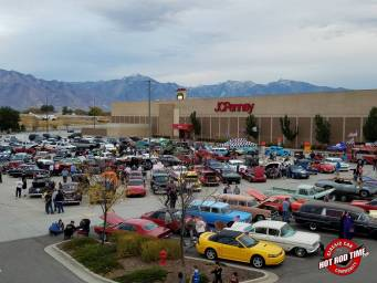 SteveFern - October 2016 Valley Fair Mall Cruise Night 020 - Hot Rod Time october-2016-valley-fair-mall-cruise-night-014_thumbnail