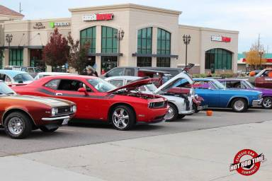 SteveFern - October 2016 Valley Fair Mall Cruise Night 020 - Hot Rod Time october-2016-valley-fair-mall-cruise-night-021_thumbnail