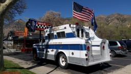 Jolly's 1965 GMC Rescue Squad 2018 - Albums - Jolly - Hot Rod Time graffiticruisenight-180038_thumbnail