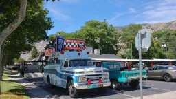 Jolly's 1965 GMC Rescue Squad 2018 - Albums - Jolly - Hot Rod Time graffiticruisenight-180795_thumbnail