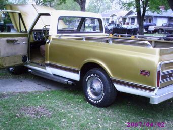 68 Chevy Pickup cst 030