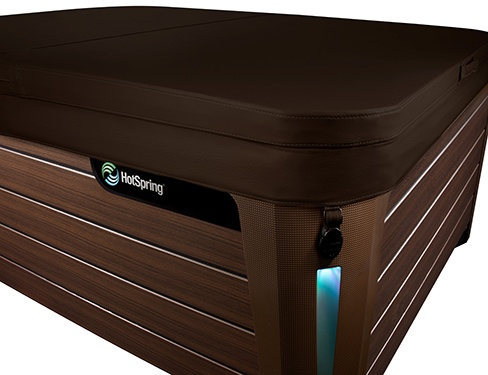 the Jetsetter with a mocha colored highly energy efficient hot tub spa cover