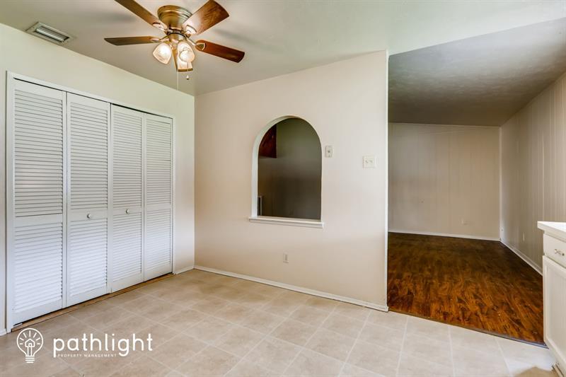 Photo of 345 Ivy Way, Garland, TX, 75043