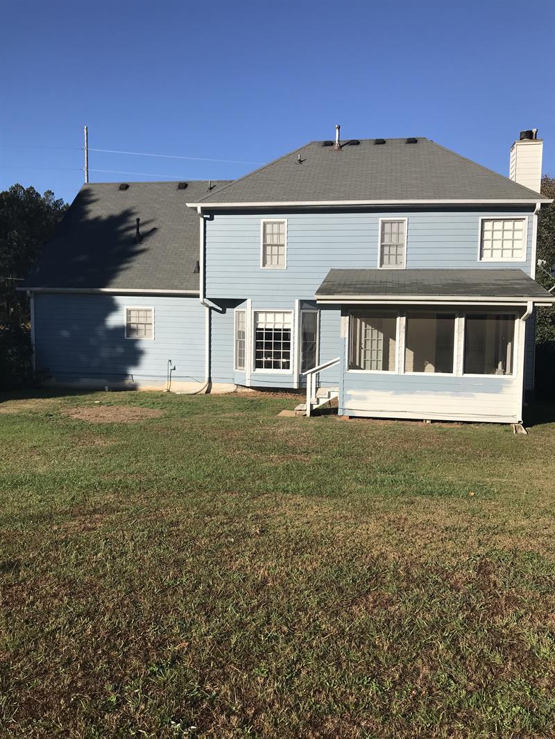 Photo of 575 Briarwood Rd, Tyrone, GA 30290