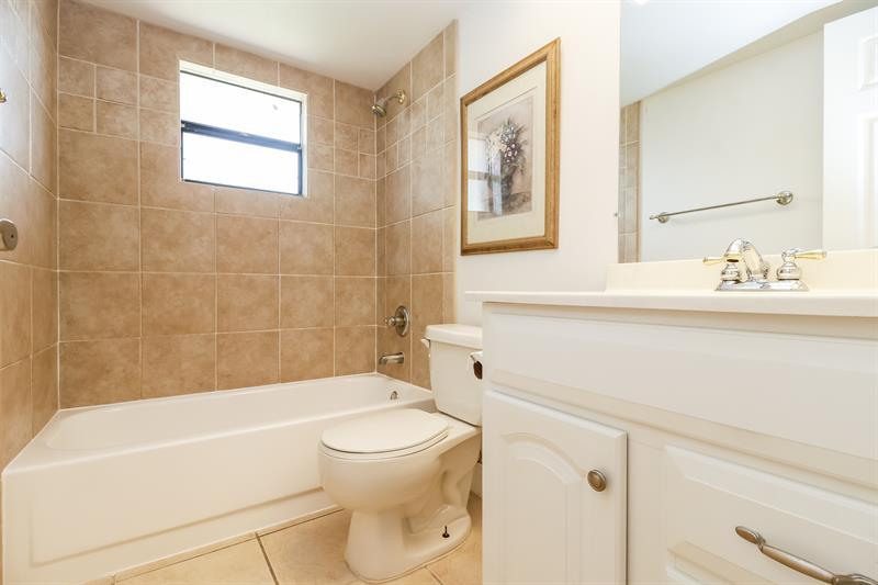 Home for rent 210 SE 4th St, Cape Coral, FL 33990 ...