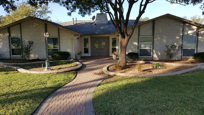 Photo of 4924 Hackney Ln, The Colony, TX, 75056