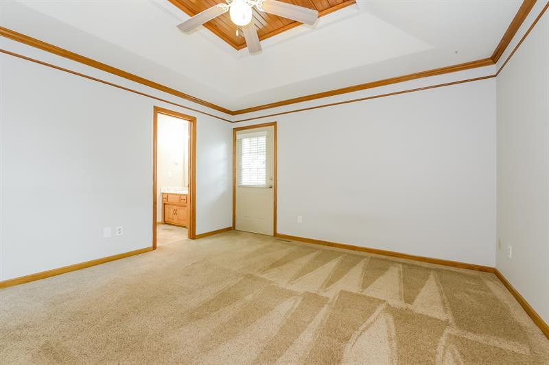 Photo of 1304 Huntington Circle, Greenwood, MO 64034