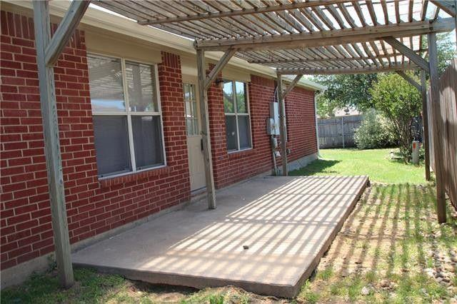 Photo of 409 Meadow St, Saginaw, TX, 76179