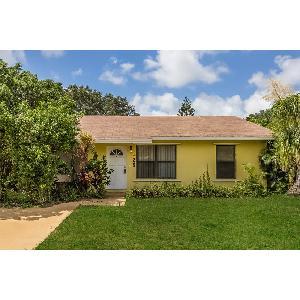Home for rent in Jupiter, FL