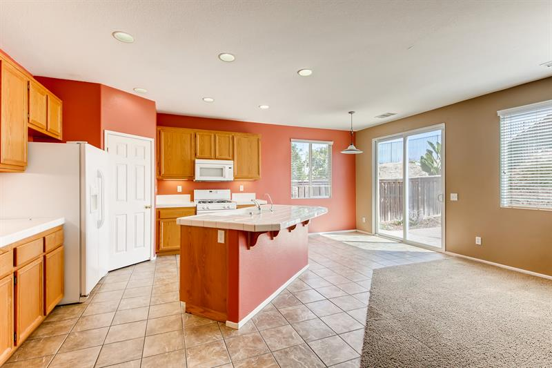 Photo of 31853 Browning St, Murrieta, CA 92563