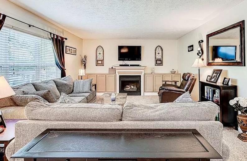 Photo of 10198 Red Tail Drive, Fishers, IN, 46037