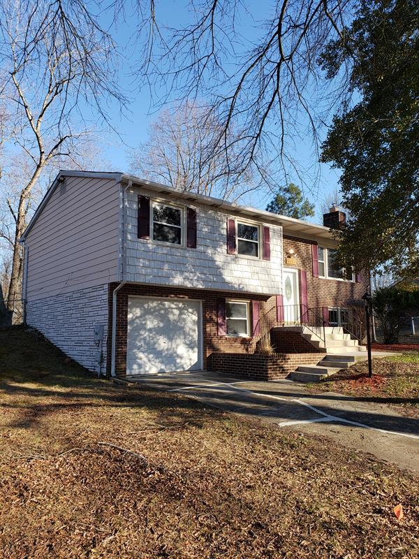 Photo of 17105 Fairway View Ln, Upper Marlboro, MD, 20772