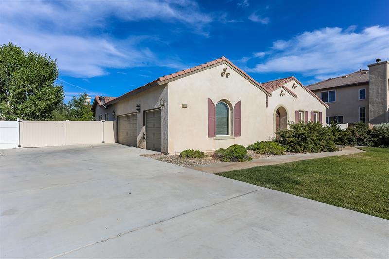 Photo of 12573 Cabazon Ct, Apple Valley, CA, 92308
