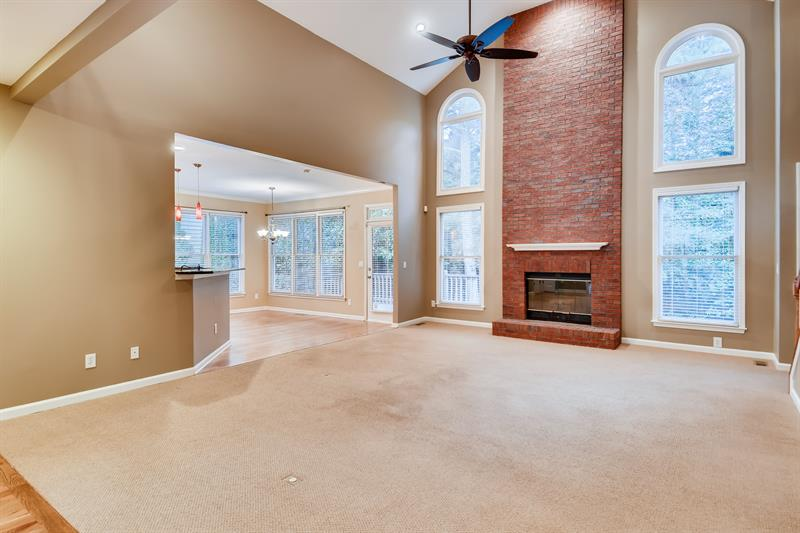 Photo of 425 Fieldstone Landing, Alpharetta, GA 30005