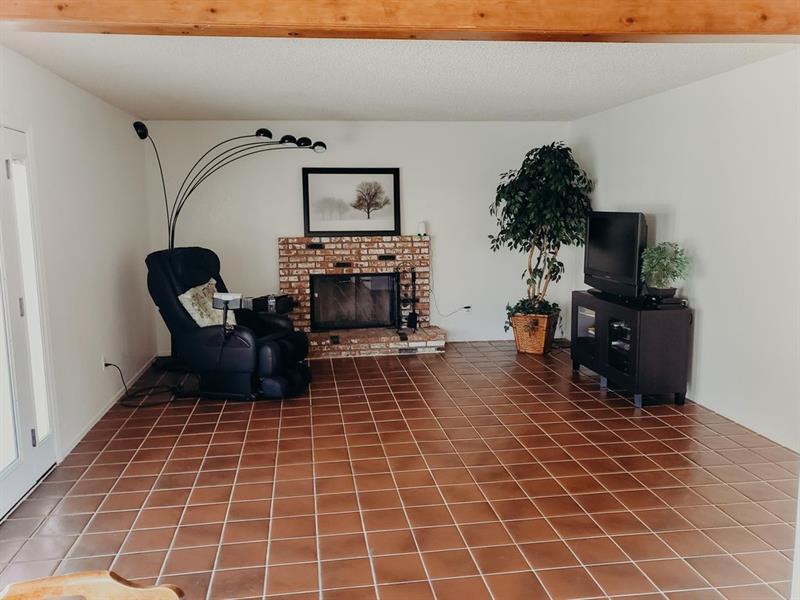 Photo of 44137 West 31st Street, Lancaster, CA, 93536