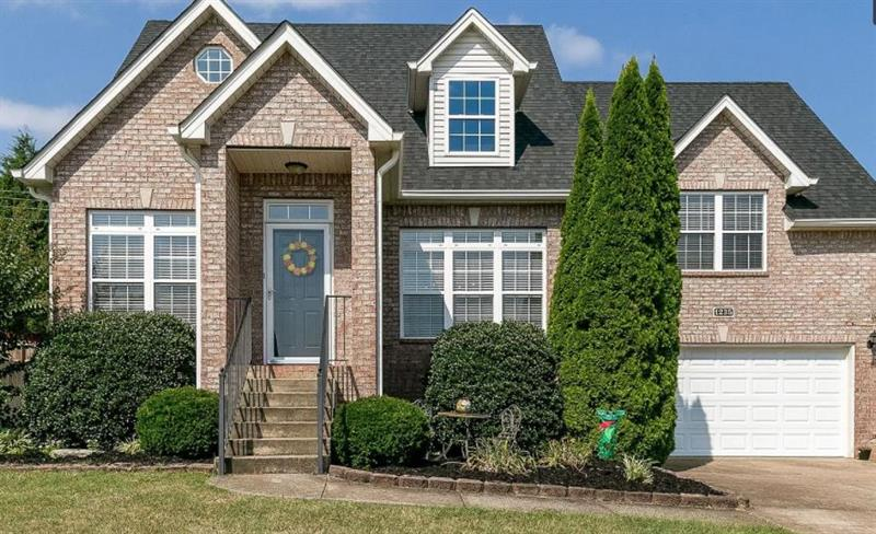 Photo of 1235 Chapmans Retreat Dr, Spring Hill, TN, 37174