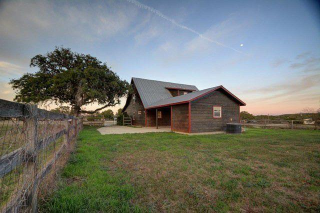 Photo of 105 Brown Saddle Circle, Bandera, TX, 78003