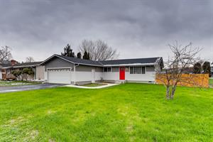 Home for rent in Algona, WA