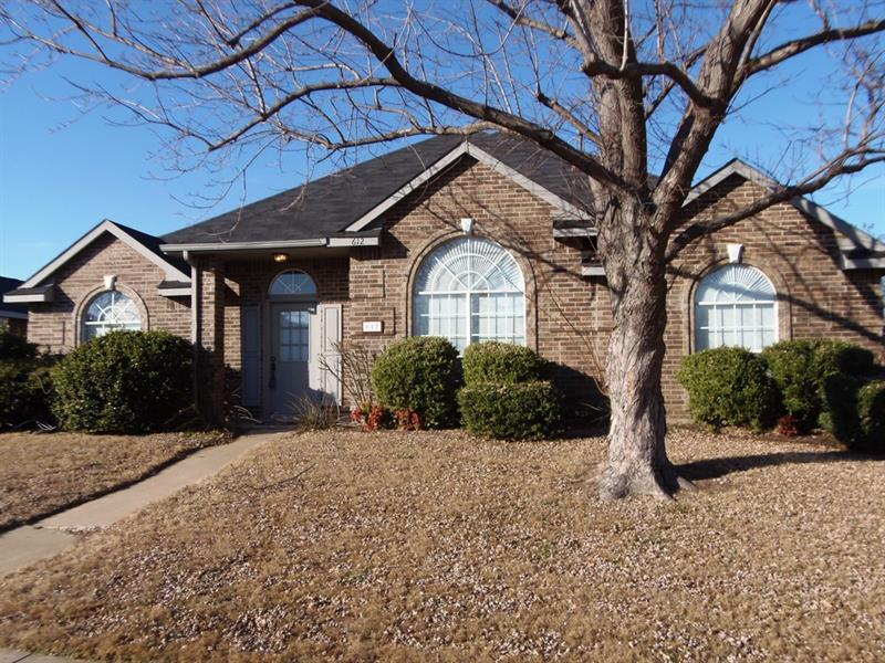 Photo of 612 Andersonville Ln, Wylie, TX, 75098
