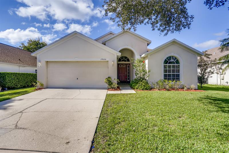 Photo of 19006 Weatherstone Dr, Tampa, FL, 33647