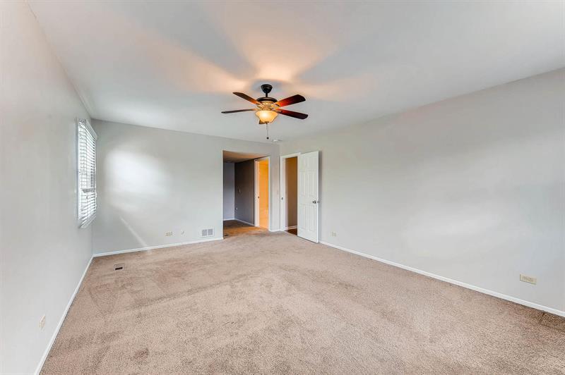 Photo of 1102 Grant Place, Vernon Hills, IL, 60061