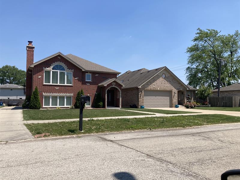 Photo of 8629 S McVicker Ave, Burbank, IL, 60638