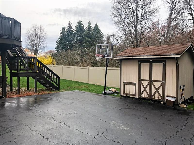 Photo of 1062 Whispering Woods Drive, Moon-Crescent Twp, PA, 15108