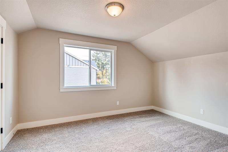 Photo of 3020 Southeast Evergreen Street, Milwaukie, OR 97222